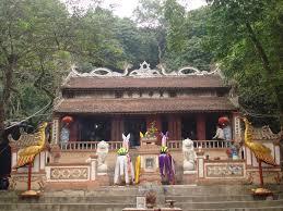 Du lịch Sầm Sơn - Đền Hoàng Minh Tự
