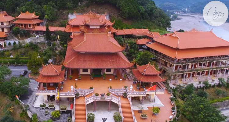 Đền Cửa Ông - ngôi đền thiêng trước biển của tỉnh Quảng Ninh