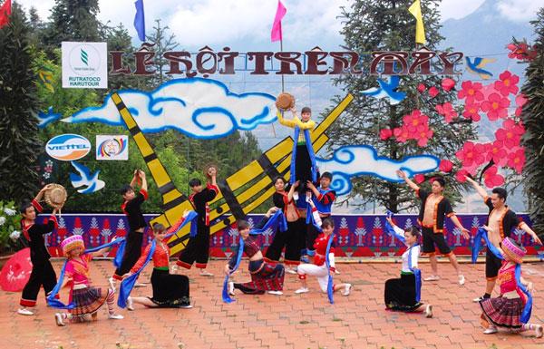 Lễ hội trên mây Sapa