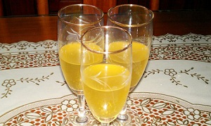 Rượu nếp ngâm Hoành Bồ