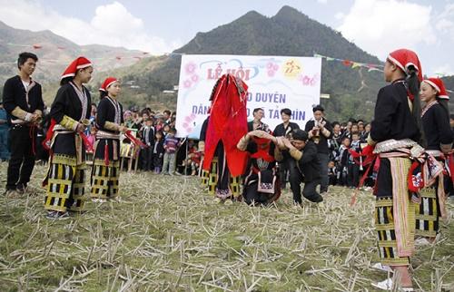 Văn hóa lễ hội Sapa