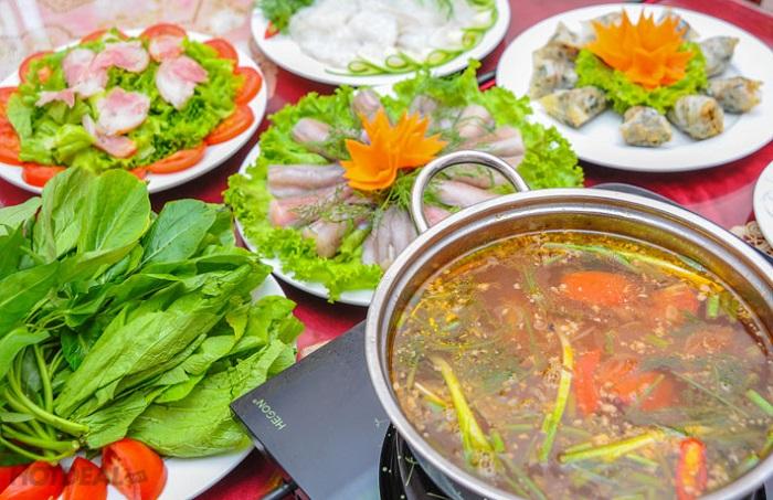 Đậm đà hương vị lẩu cá khoai Quảng Bình