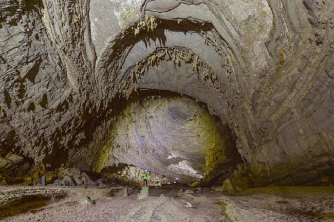 Các mái vòm trong hang